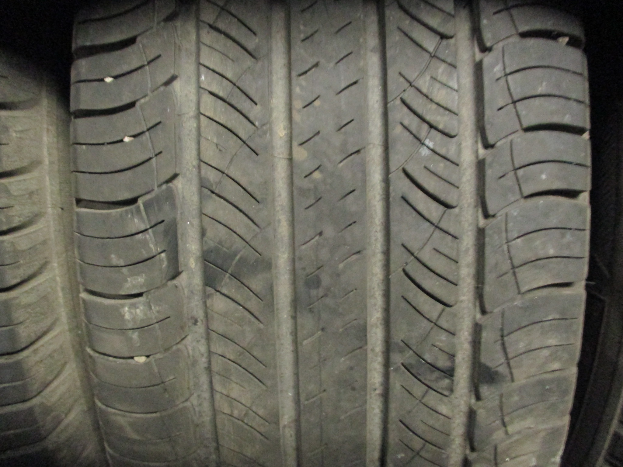 MICHELIN LATITUDE TOUR 235/65 R17 104H